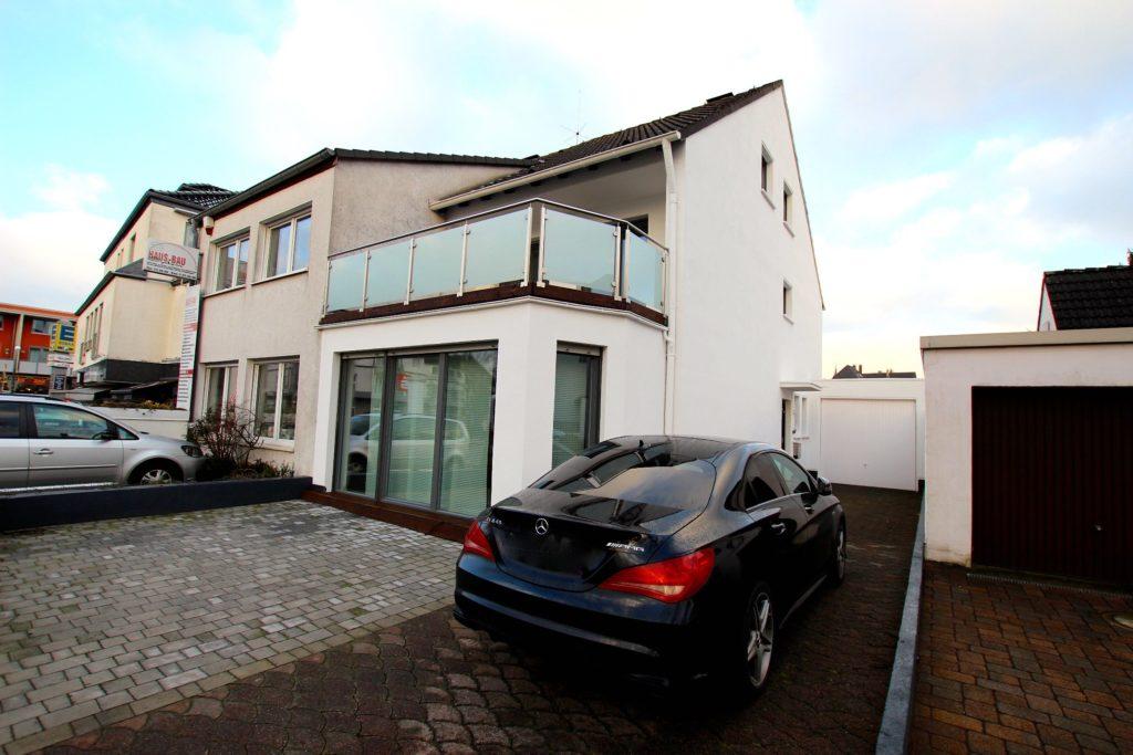 VERKAUFT / Luxuriöse Doppelhaushälfte in zentraler Lage von Dortmund-Kirchhörde
