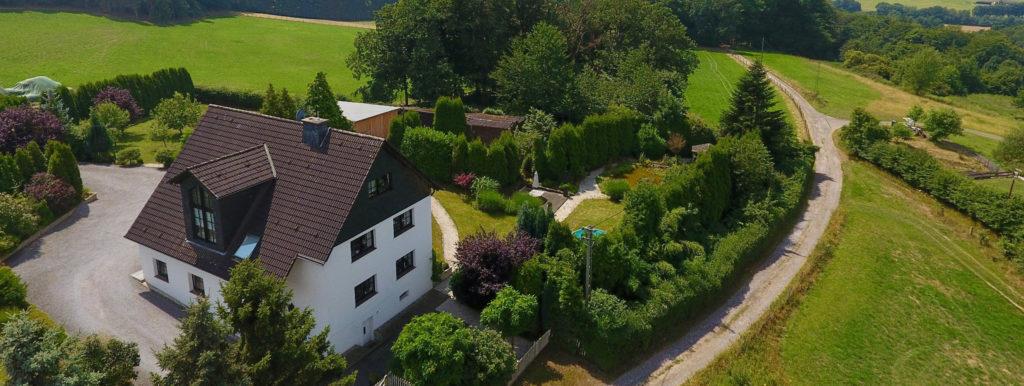 VERKAUFT / Großzügiges Zweifamilienhaus in ruhiger Lage von Witten-Herbede